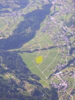 Paragliding Fluggebiet Europa » Schweiz » Wallis,Verbier: Croix de Coeur - Ruinettes - Attelas,LZ Champsec, etwas weiter hinten im Tal; bei stärkerem Talwind (Nachmittag!) eher zu empfehlen als LZ Montaigner (weniger turbulent/ weniger Wind, da Tal hier breiter)