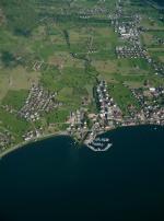 Paragliding Fluggebiet Europa » Schweiz » Schwyz,Gnipen / Rufiberg,Arth und Umgebung. Es sollte möglich sein hier einen Landeplatz zu finden:-) Das Fluggebiet Rufiberg Gnipen wäre links vom Bild, Rigi rechts.
