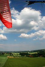 Paragliding Fluggebiet Europa » Deutschland » Nordrhein-Westfalen,Westerenger,Schleppstrecke Blick Richtung Osten