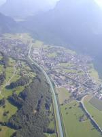 Paragliding Fluggebiet ,,Blick Ricktung Mollis-Glarnerland. Für Details Landeplätze siehe nächstes Foto.