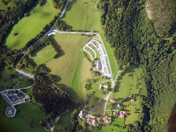 Landeplatz neben der Talstation