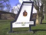 Paragliding Fluggebiet ,,Eingangsschild aus wikipedia (gemeinfrei)  Von eigentlichen Militärflugplatz sind keine Aufnahmen erlaubt.