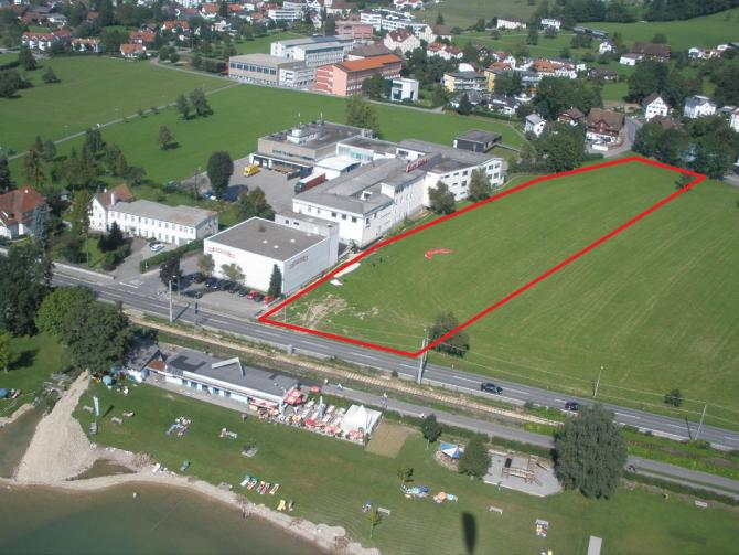 Luftbild des Landeplatzes in Lochau bei der ehemaligen Käsefabrik Rupp.