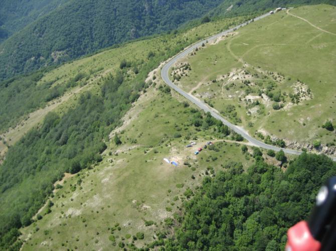 2009.06 oberhalb der Strasse ist toplanden für jeden möglich