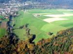 Paragliding Fluggebiet Europa » Schweiz » Jura,Chasseral,Landeplatz in Villeret (Nordseite)