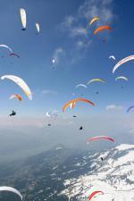 Paragliding Fluggebiet Europa » Schweiz » Wallis,Crans-Montana - Cry d'Err/ Bella Lui,mit freundlicher Genehmigung ©www.azoom.ch