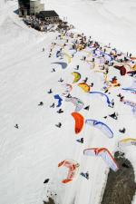 Paragliding Fluggebiet Europa » Schweiz » Wallis,Crans-Montana - Cry d'Err/ Bella Lui,TO: Cry d'Err  mit freundlicher Genehmigung ©www.azoom.ch
