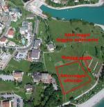Paragliding Fluggebiet Europa » Italien » Trentino-Südtirol,Pradel/Tovre, Molveno,LZ am Strand; eingerahmt ist die offizielle LZ; weiter hinten ist es leicht im Lee... © www.volabass.it