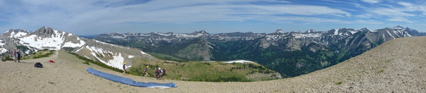 Rendevous Peak: Pano looking  W/NW (Tetons on right edge of pix)