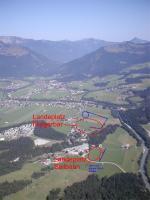 """Paragliding Fluggebiet Europa » Österreich » Tirol,Kössen - Unterberghorn,Landeplatz bei der """"Flieger Bar"""" und neben der Talstation"""