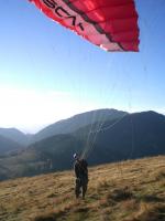 Paragliding Fluggebiet Europa » Österreich » Steiermark,Heulantsch,Heulantsch/Teichalm Herbst06 Erste ernstgenommene Groundhandlingversuche von Bingo Foto:Aviator