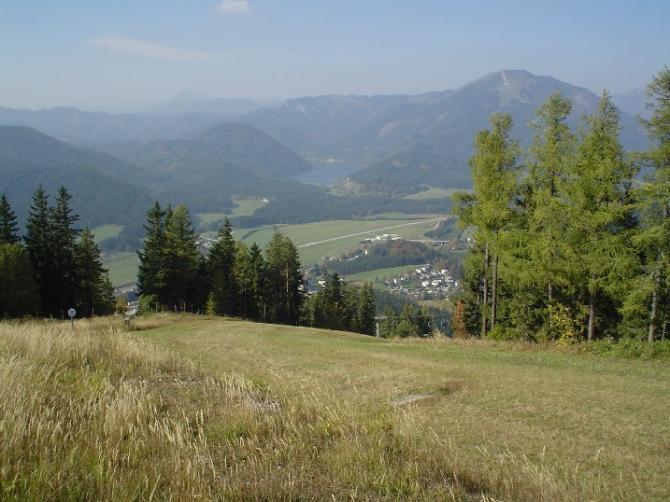 Startplatz bei der Bergrettungshütte, aufgenommen am 11.10.2005  Startmöglichkeit bei W. und NW-Winden