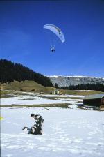 Paragliding Fluggebiet Europa » Schweiz » Graubünden,Crap Sogn Gion,Landeplatz  mit freundlicher Genehmigung ©www.azoom.ch