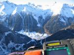 """Paragliding Fluggebiet ,,""""Ischgl drunt im Tal """" Vorne an der Kante sind oft auch im Winter die Turbulenzen !!"""