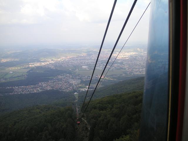 Gondelfahrt auf Pohorje - Gebirge bis zum ehemaligen Hotel Bellevue (Startplatz).