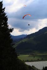 Paragliding Fluggebiet Europa » Schweiz » Schwyz,Euthal,Einzigartiges Soaren vom Startplatz aus fotografiert.