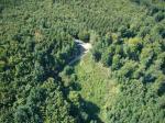 Paragliding Fluggebiet Europa » Deutschland » Hessen,Erlau,Blick auf den Auslegeplatz und die Schneise aus der es raus geht incl. Naturdrachenrampe @08/2007