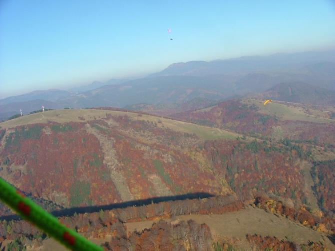 Visible are two starts: Higher is Pansky Diel, and on the botom of the photo u can see start place Baranovo. Autumn2005