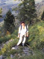 Paragliding Fluggebiet Europa » Schweiz » Schwyz,Rigi,Auf dem ausgesetzten Weg zur Rigi Hochflue ist Trittsicherheit gefragt