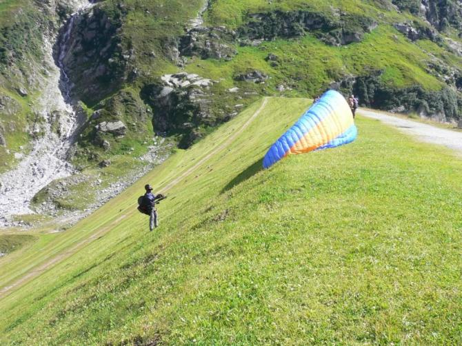 Startbereit; 09.08.2008, 18-22km/h Wind; Dank für Starthilfe und die Fotos an Cuno!