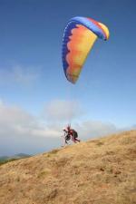 Paragliding Fluggebiet Europa » Portugal » Madeira,Paul da Serra Cristo Rei,1410 Meter über dem Meer auf der Südseite von Madeira, Canhas ist wie jeder Startplatz Tandemtauglich, überwältigend für den Passagier