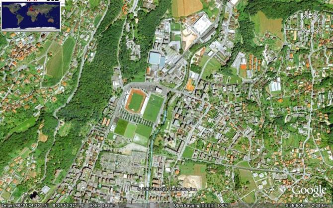 Google-Blick auf den damaligen Landeplatz. Das landen im kleinen eingezäunten LIDO war nie offiziell