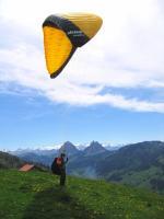 Paragliding Fluggebiet Europa » Schweiz » Zug,Gottschalkenberg - Bellevue,Startwiese bei der kleinen Amsel