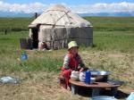 Paragliding Fluggebiet Asien » Kirgistan,Kir Tash / Suusamyr Tal / Kirgisistan,Jurten sind die traditionelle Unterkunft der kirgisischen Hirten.