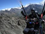 Paragliding Fluggebiet Asien » Kirgistan,Karakol,Flug in ca. 4,500 m Hoehe, Juli 2007. Fotograf: Maurice & Lisa Knur