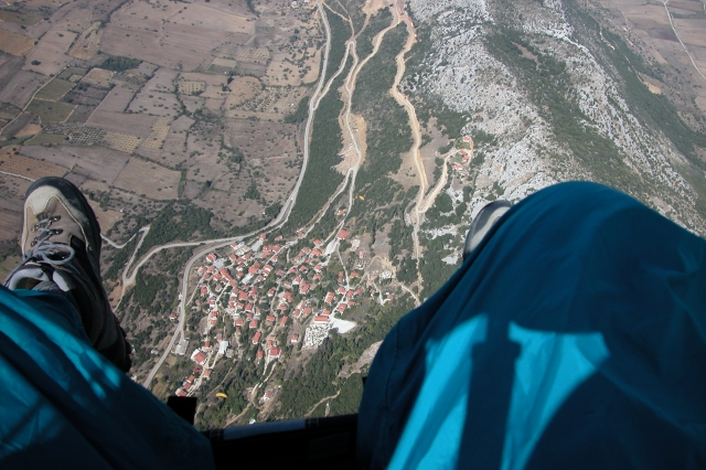 Above Santomeri - Launch paddock above right shoe, bomb-out above left shoe.