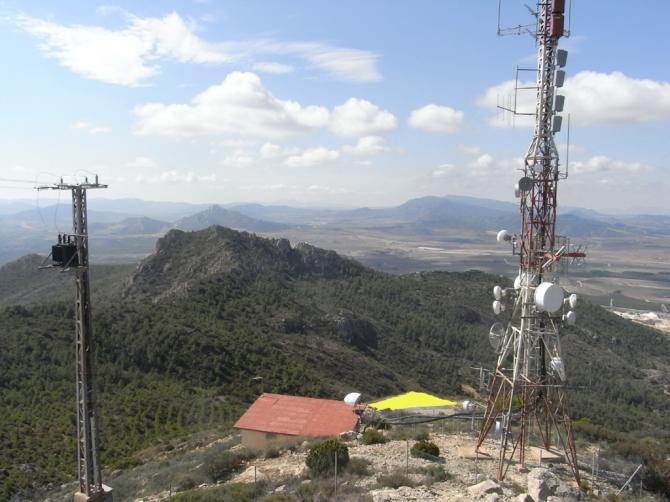 Startplatz unterhalb Antennenstation. Max. 1 Schirm auslegbar.