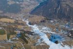 Paragliding Fluggebiet Europa » Österreich » Tirol,Schönjoch,Ein weisser Strich in der Landschaft. Blickrichtung nach Ladis