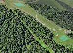 Paragliding Fluggebiet Europa » Deutschland » Bayern,Hörnle,Oberer und unterer Startplatz aus Richtung NO gesehen. Ganz links oben im Bild ist die Bergstation der Bahn.
