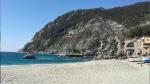 Paragliding Fluggebiet Europa » Italien » Ligurien,Monterosso,Landeplatz im Vordergrund (Sandstrand). Ich musste leider hinterm Hafen notlanden.