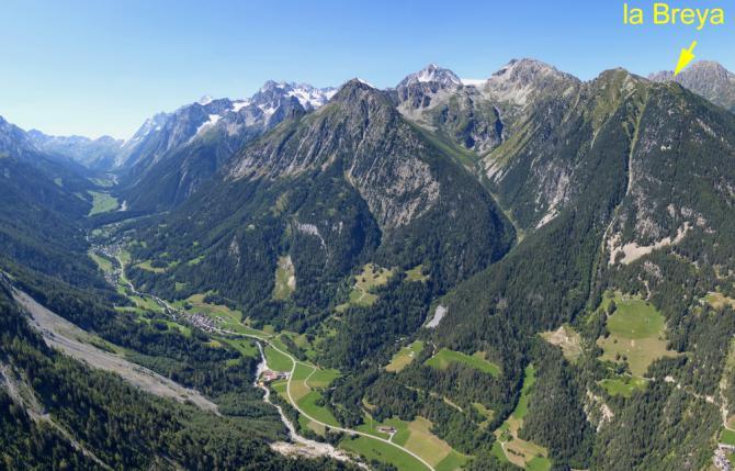 Val Ferret und SP (Col du Ferret am Talschluss - dahinter ist man in Italien)