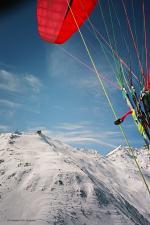 Paragliding Fluggebiet Europa » Schweiz » Graubünden,Gotschnagrat,Der Nordstart befindet sich fast unmittelbar rechts der Bahnstation