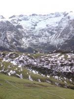 Paragliding Fluggebiet Europa » Schweiz » Obwalden,Fürenalp - Engelberg,Blick vom Startplatz zur Bergstation der Führenalp-Bahn(08.11.2009)