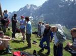 Paragliding Flugschule Europa » Schweiz » Bern,Jungfrau-Tächi Grindelwald (Club),Die Mitglieder des Clubs 'Jungfrau-Tächi Grindelwald' treffen sich bei schönem Wetter am Startplatz First - hier zur alljährlichen Clubmeisterschaft, die in einer offenen und einer