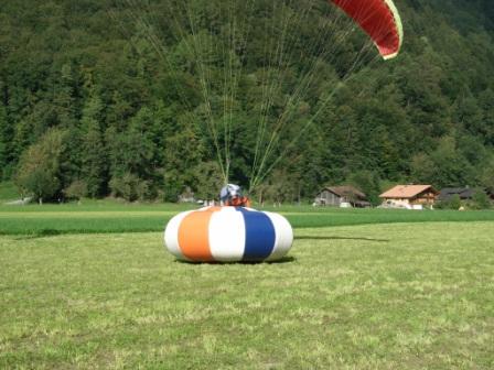 Ein mal pro Jahr: Fly in am Landeplatz Du Pont Foto by Vaudee